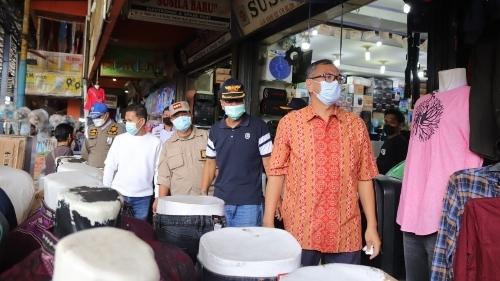 Wali Kota Riza Falepi Minta Kepatuhan Prokes Pasar Dipertahankan dan Ditingkatkan.