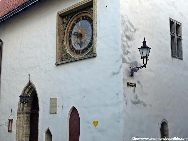 reloj-tallin-iglesia-espiritu-santo.JPG