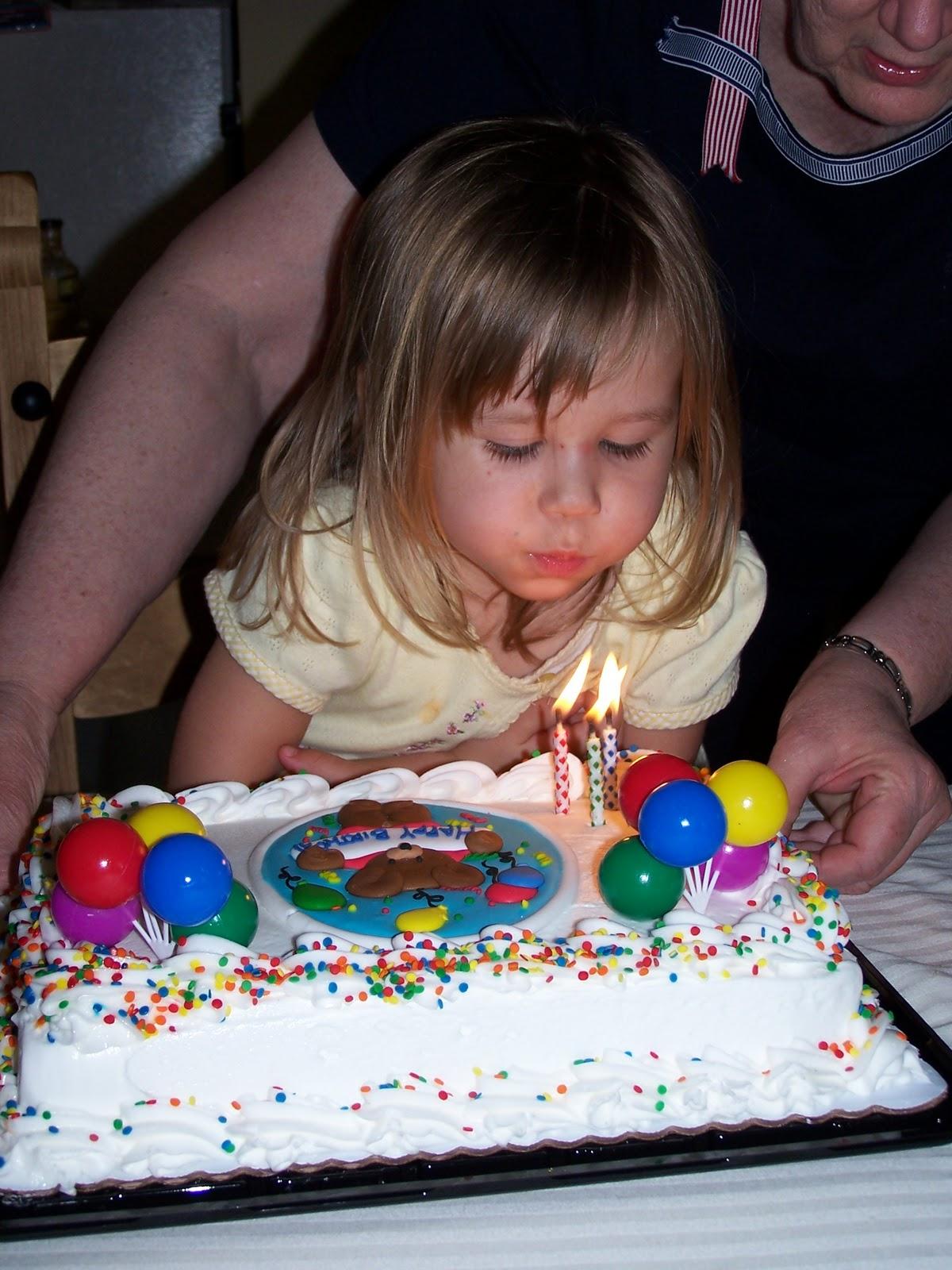Corinas Birthday Party 2007 - 100_1899.JPG