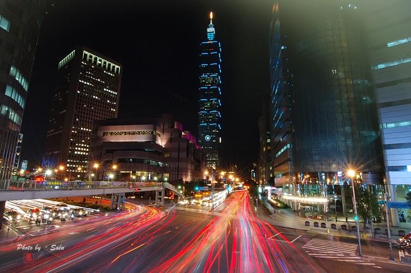 台北 101 信義路 基隆路 車流 夜景 攝