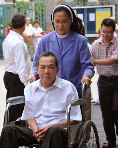 Cầu nguyện cho ông cố Giuse Lê Văn Phán