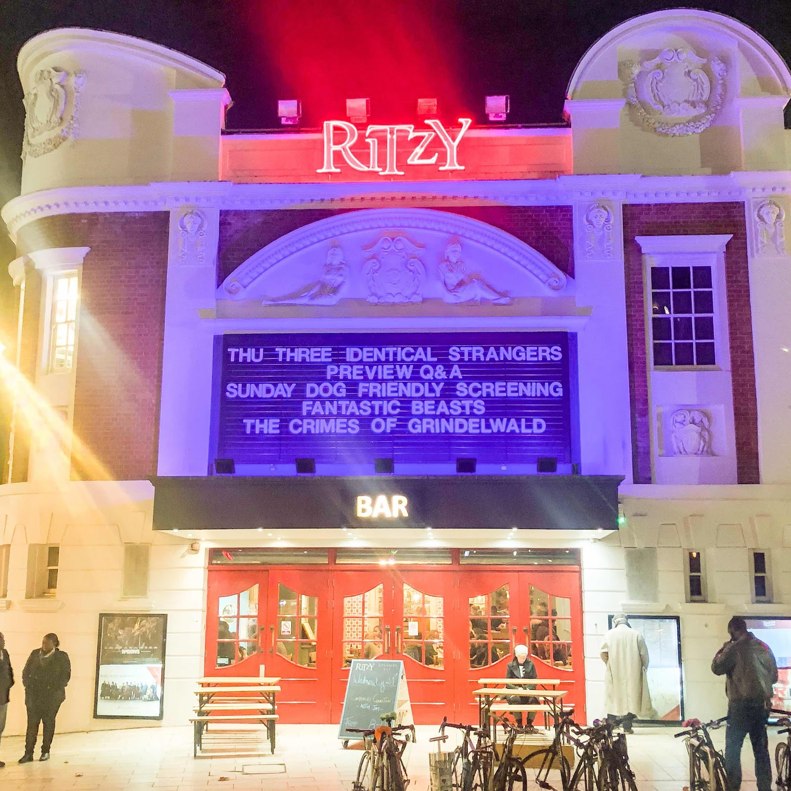 london-lifestyle-blog-brixton-ritzy-cinema-fantastic-beasts-and-where-to-find-them-the-crimes-of-grindelwald