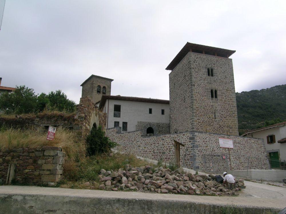 Reconstruccion Torre de Uriz - DSCN8861.jpg