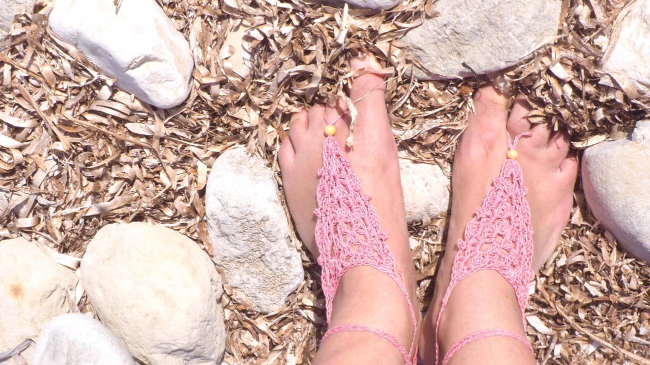 Kostenlose Häkelanleitung für Barfuß-Sandalen