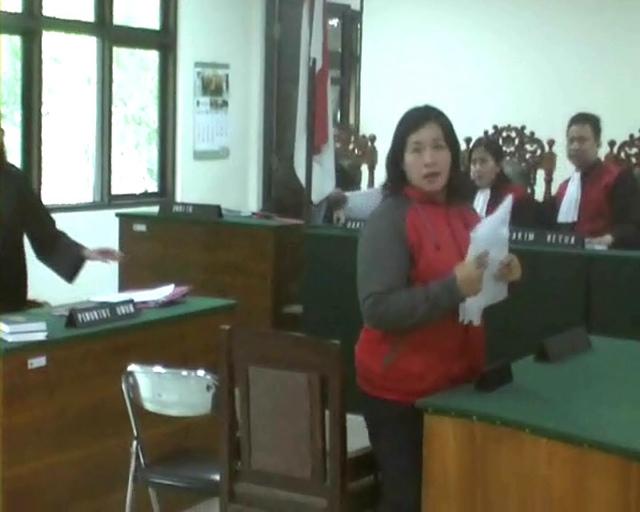 Pecahkan Kaca Nako Seharga Rp 50 Ribu, IRT Dituntut 4 Bulan Penjara