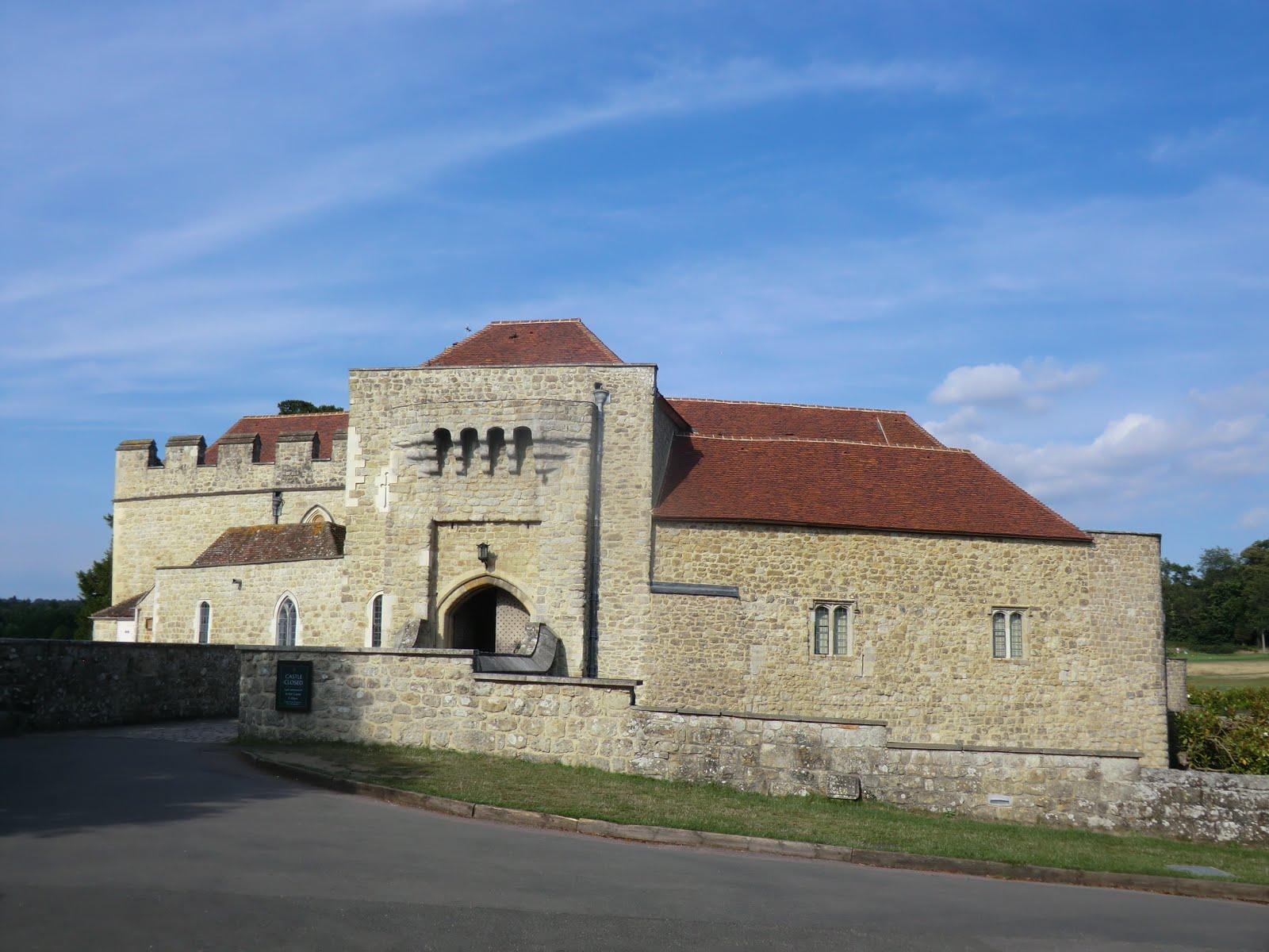 CIMG3040 Gatehouse, Leeds Castle