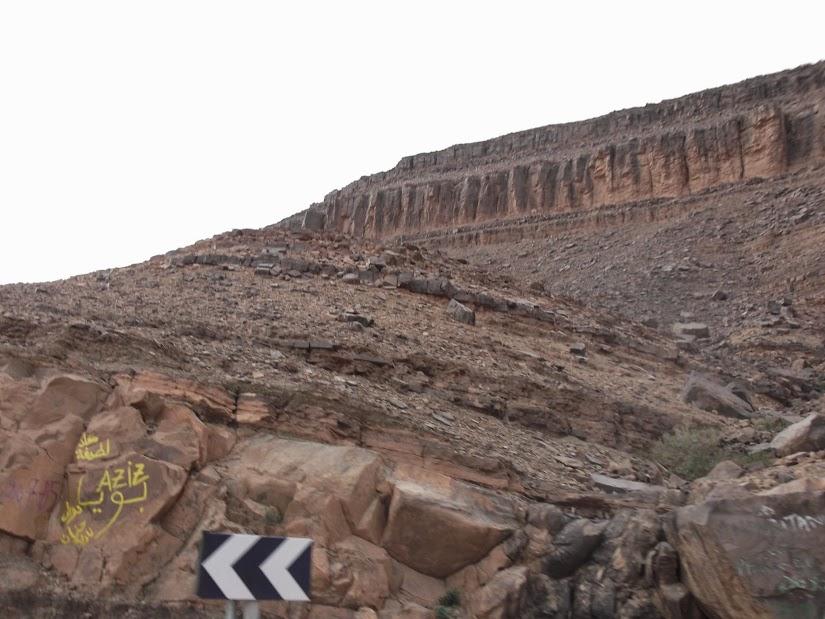 Marrocos e Mauritãnia a Queimar Pneu e Gasolina - Página 12 DSCF1414