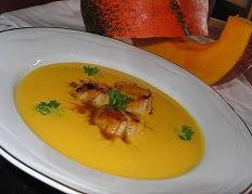 Crème de potiron et noix de St Jacques à l'orange