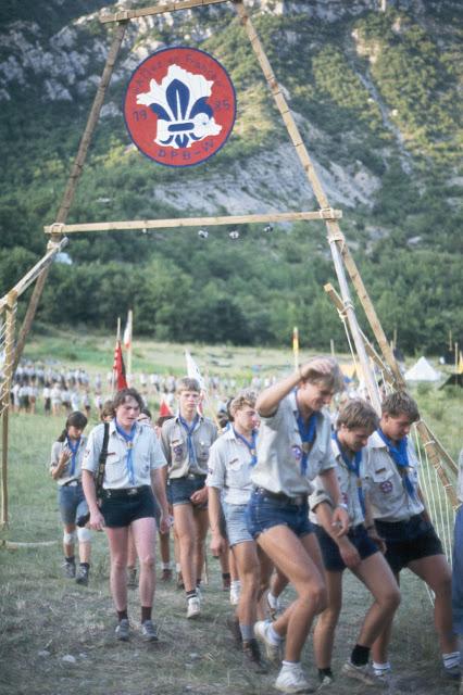 1985-1994 - 674-.jpg