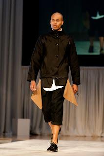 Cameron Stewart - RapprocherDeau, AIC-SF 2011