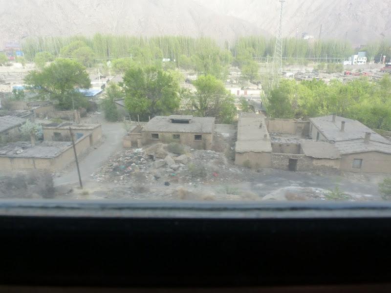 XINJIANG. 23 heures de train de Turpan a Kasghar - P1280127.JPG