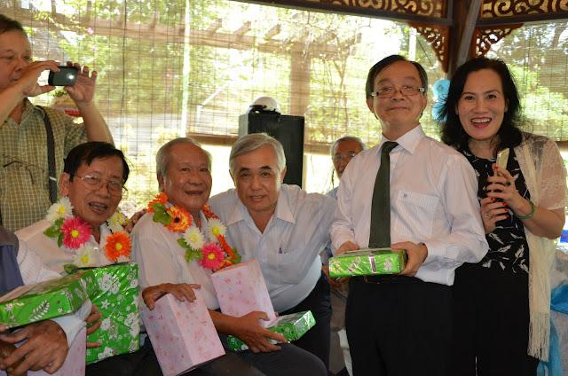 KM Vietnam mừng sinh nhật thầy cô  h15