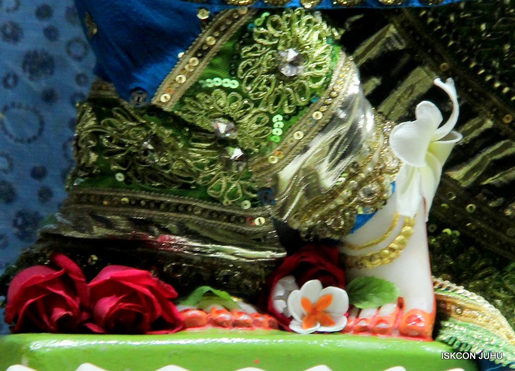 ISKCON Juhu Mangal Deity Darshan on 5th Sep 2016 (31)