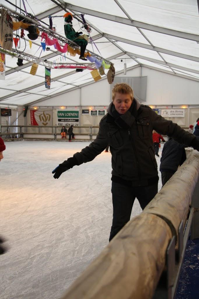 Sinterklaas bij de schaatsbaan - IMG_0313.JPG