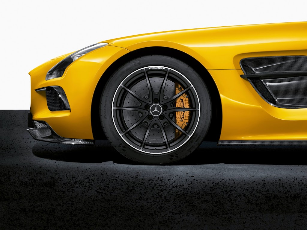 2014 Mercedes-Benz SLS AMG Black Series Brakes