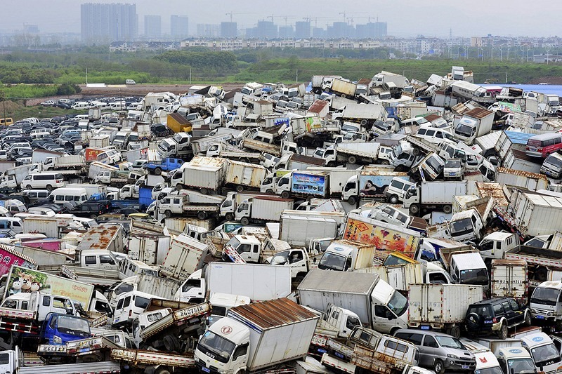china-pollution-car-scrapyard-5