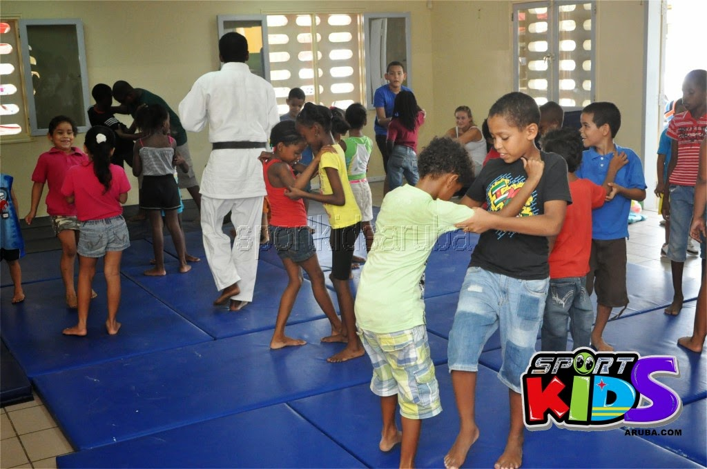 Reach Out To Our Kids Self Defense 26 july 2014 - DSC_3212.JPG