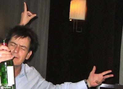 Charlie Sheen'den Rekor!