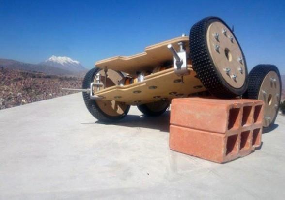 B0sweeper - Robot boliviano está entre los mejores detectores de minas