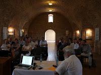 07 A komáromi vár Lőporos elnevezésű termében tartották a konferenciát.jpg