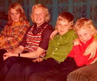 Groeneweg, Marianne, Peter, Walter Ronald 1973a.jpg