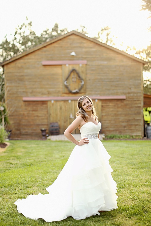 Rustic barn bridal session for a country bride tidewater for Wedding dresses in hampton roads