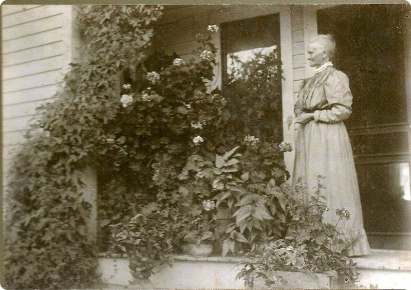 HART_Frances Georgia nee Wetherall on porch of home 601 Moores River Rd_LansingInghamMichigan_before 1927