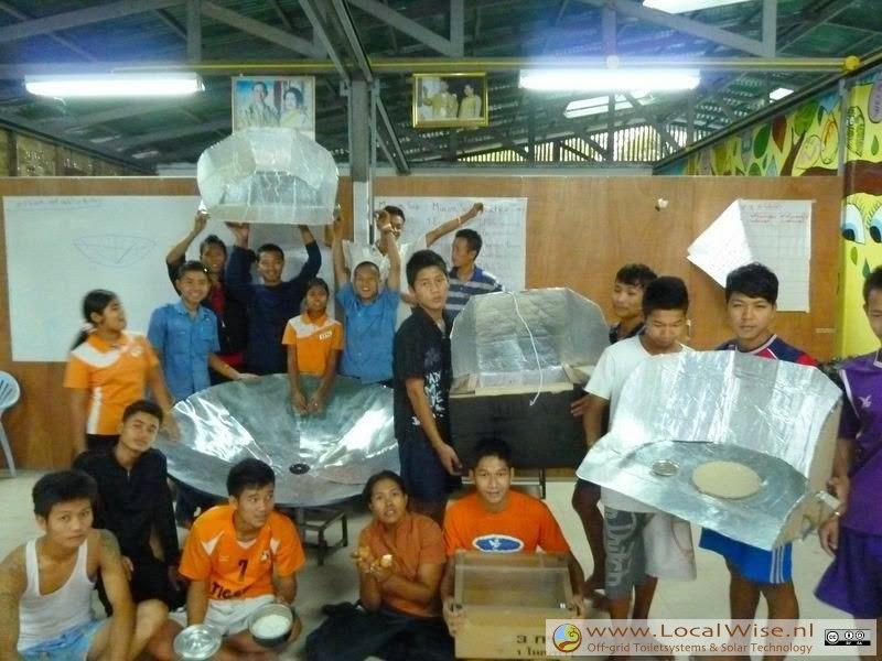 A solar cooker workshop for Burmees regugee camp in Thailand