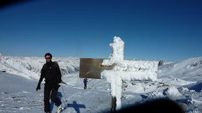 Le vent a sculpter le panneau au col Blanchet