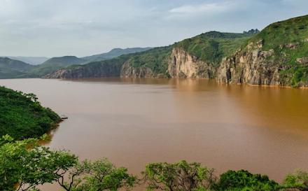 Η λίμνη του «θανάτου» στο Καμερούν