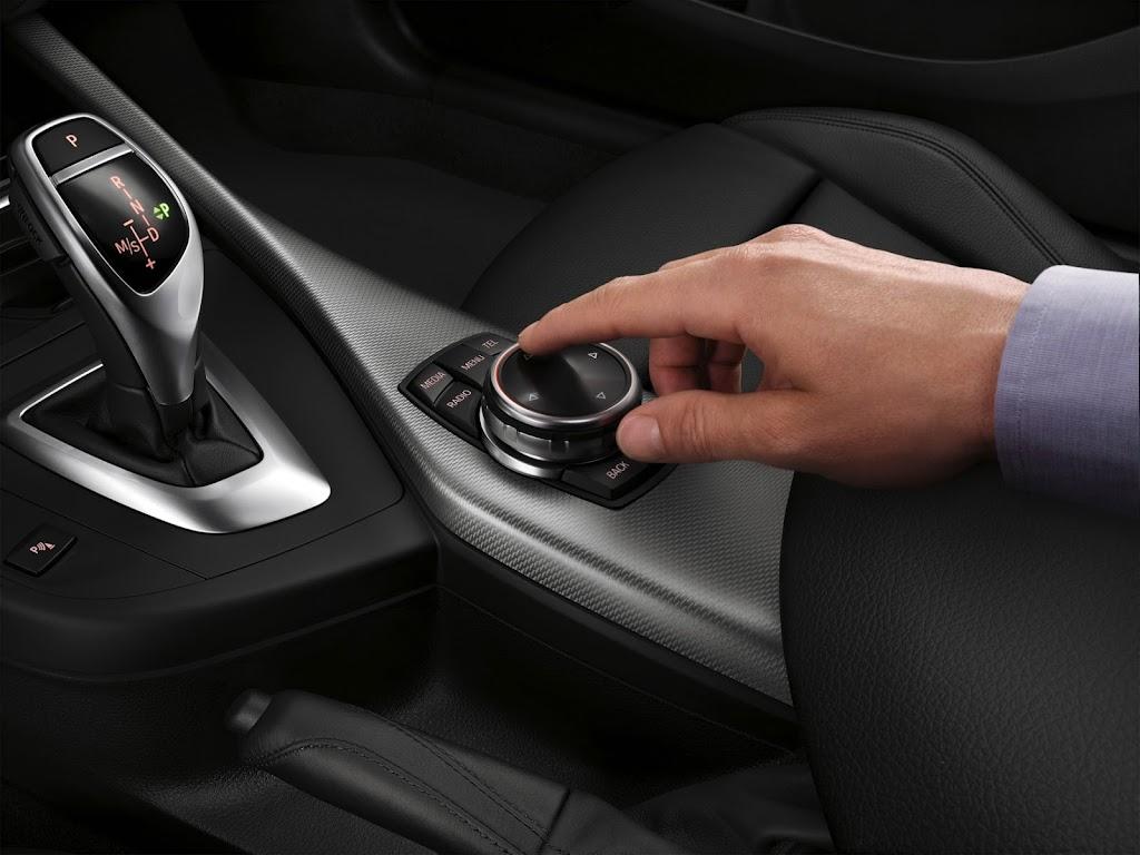 2015 BMW 2 Series 3900