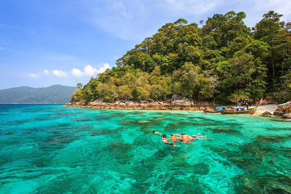 Snorkel fun at Koh Lipe