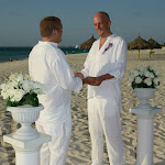 Gay Wedding Gallery - 418778_4076453703337_1222631463_n.jpg