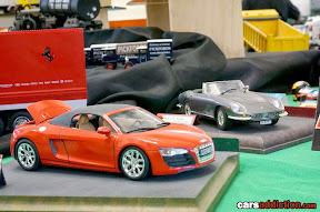 Audi R8 and Ferrari 275 GTS