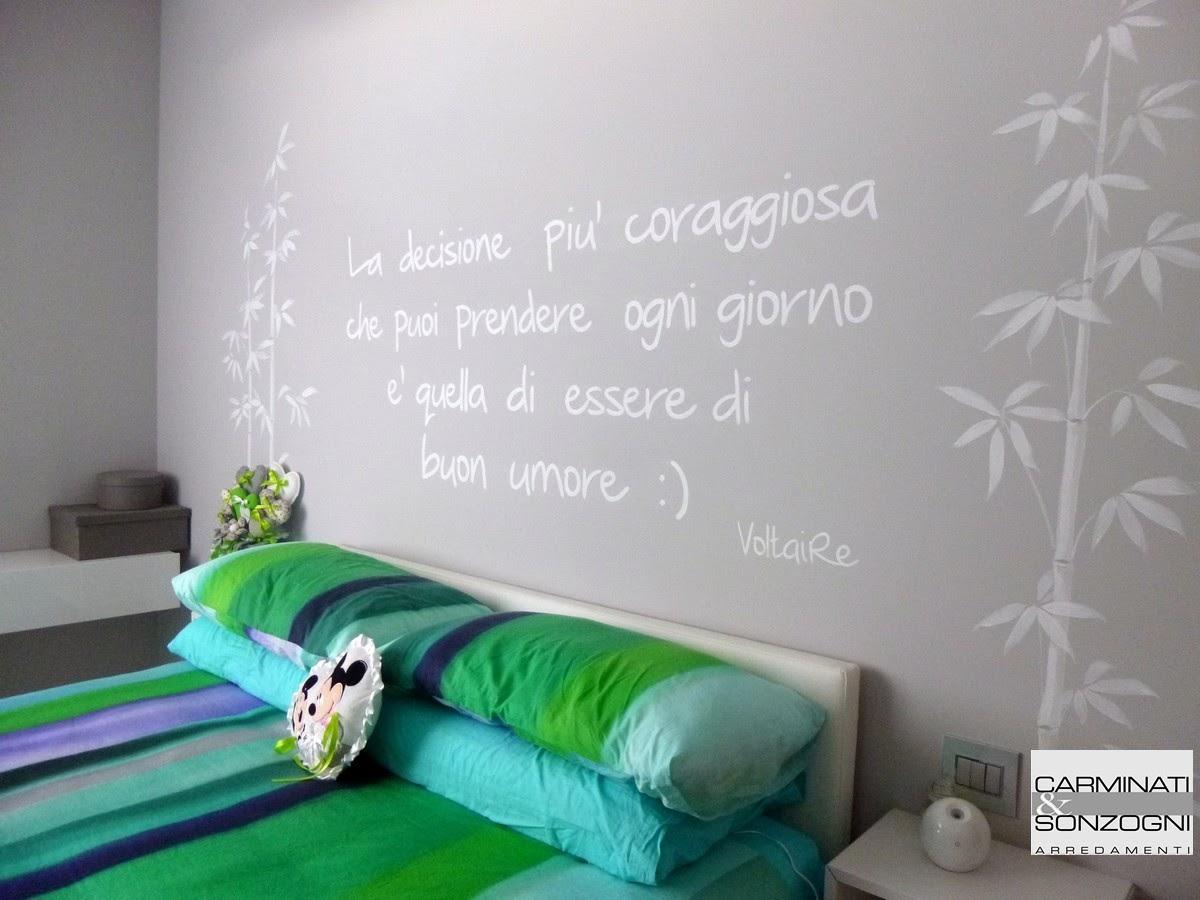 casa a Filago Bergamo, camera da letto con letto Fluttua Lago con testata in pelle.JPG