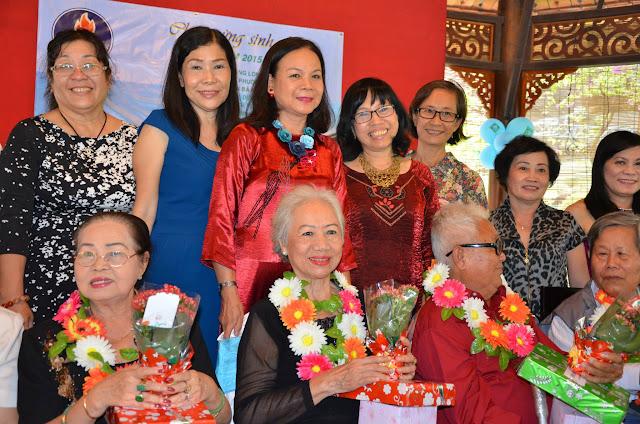 KM Vietnam mừng sinh nhật thầy cô  h18