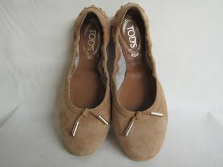 Tod's Tan Ballet Flats