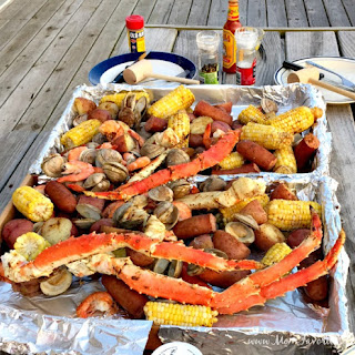 Classic Seafood Boil.