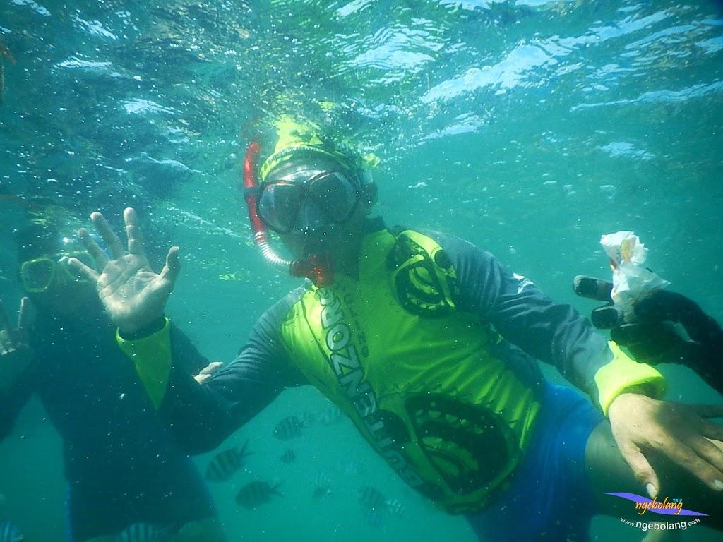 family trip pulau pari 140716 Nikon 23