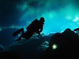 Silhouette of a suba diver (© 2013 Bernd Neeser)