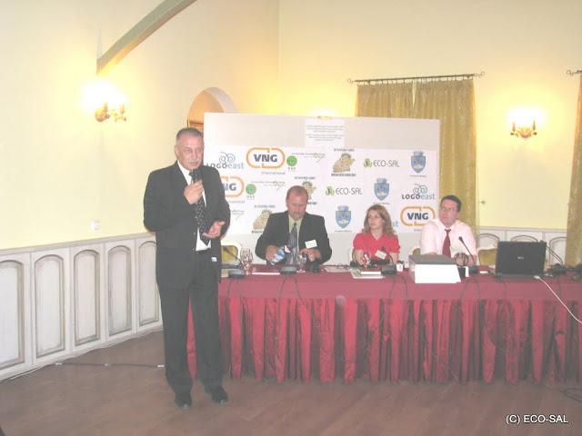 Conferinţa LOGO EAST 14 mai 2009 - poze%2Bconferinta%2B2%2B054.jpg