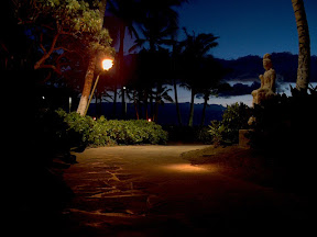 Pathway at night, Hilton Waikoloa Village