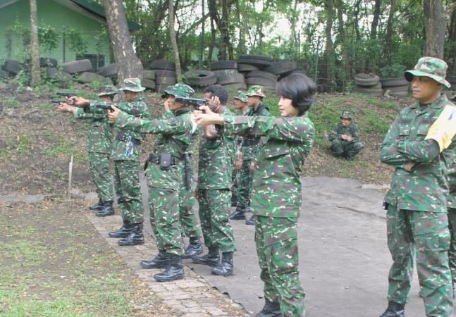 TNI gelar Latihan menembak