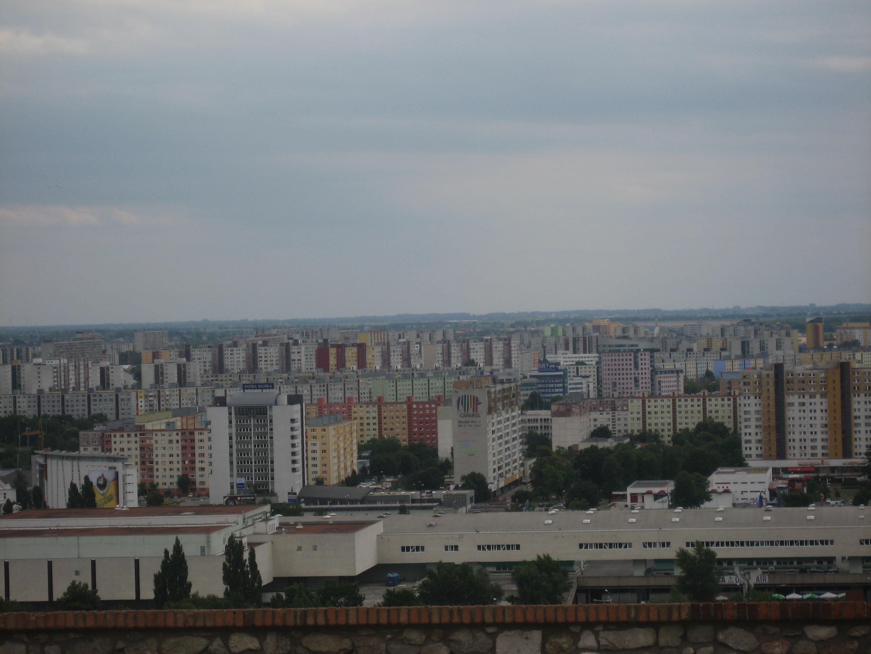 파일:external/upload.wikimedia.org/Bratislava,_Petr%C5%BEalka.jpg