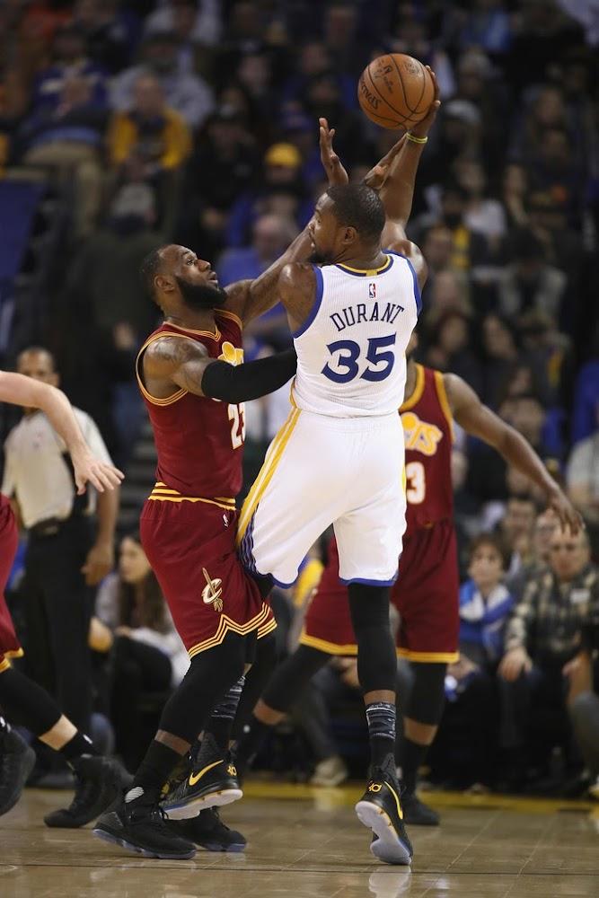 promo code c3ff5 6f445 ... James Wears Nike LeBron 14 MLK Day PE in Big Loss vs Warriors ...
