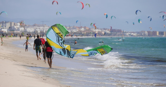 Kitesurfing at playa de los Lances Tarifa