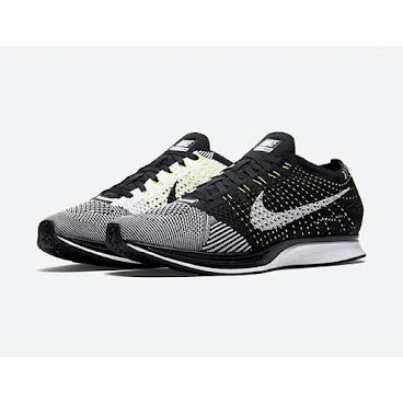 Nike Flyknit Racer Black-White