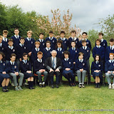 1989_class photo_Jogues_4th_year.jpg
