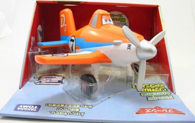 Mô hình máy bay Dusty có âm thanh phù hợp với trẻ em trên 3 tuổi