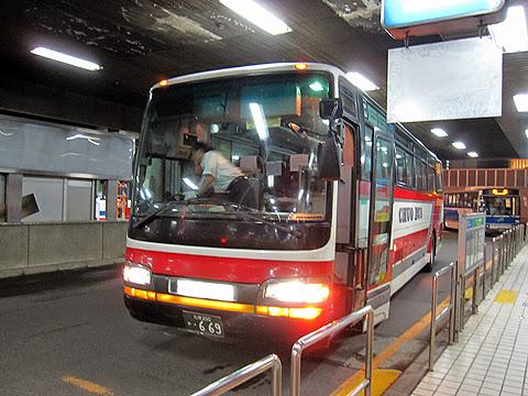 北海道中央バス「ポテトライナー」 ・669 札幌駅前ターミナル到着